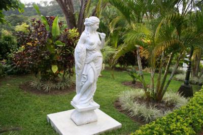 Parador Statue Garden